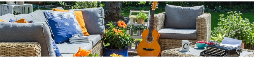 Salon de jardin en résine tressée