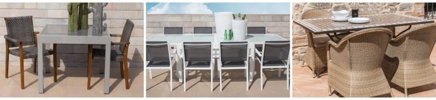 Lot de table et chaises de jardin