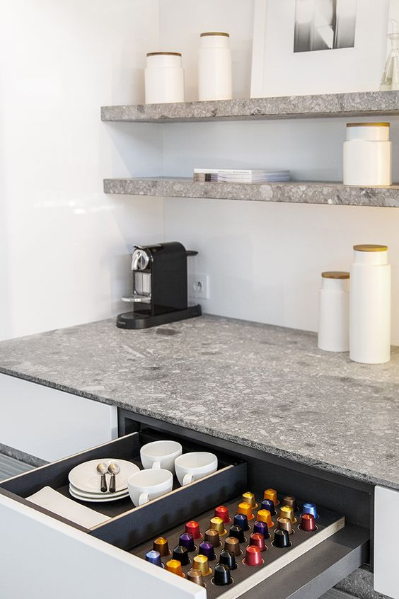 affordable etageres et plan de travail terrazzo with plan de travail cuisine terrazzo. Black Bedroom Furniture Sets. Home Design Ideas