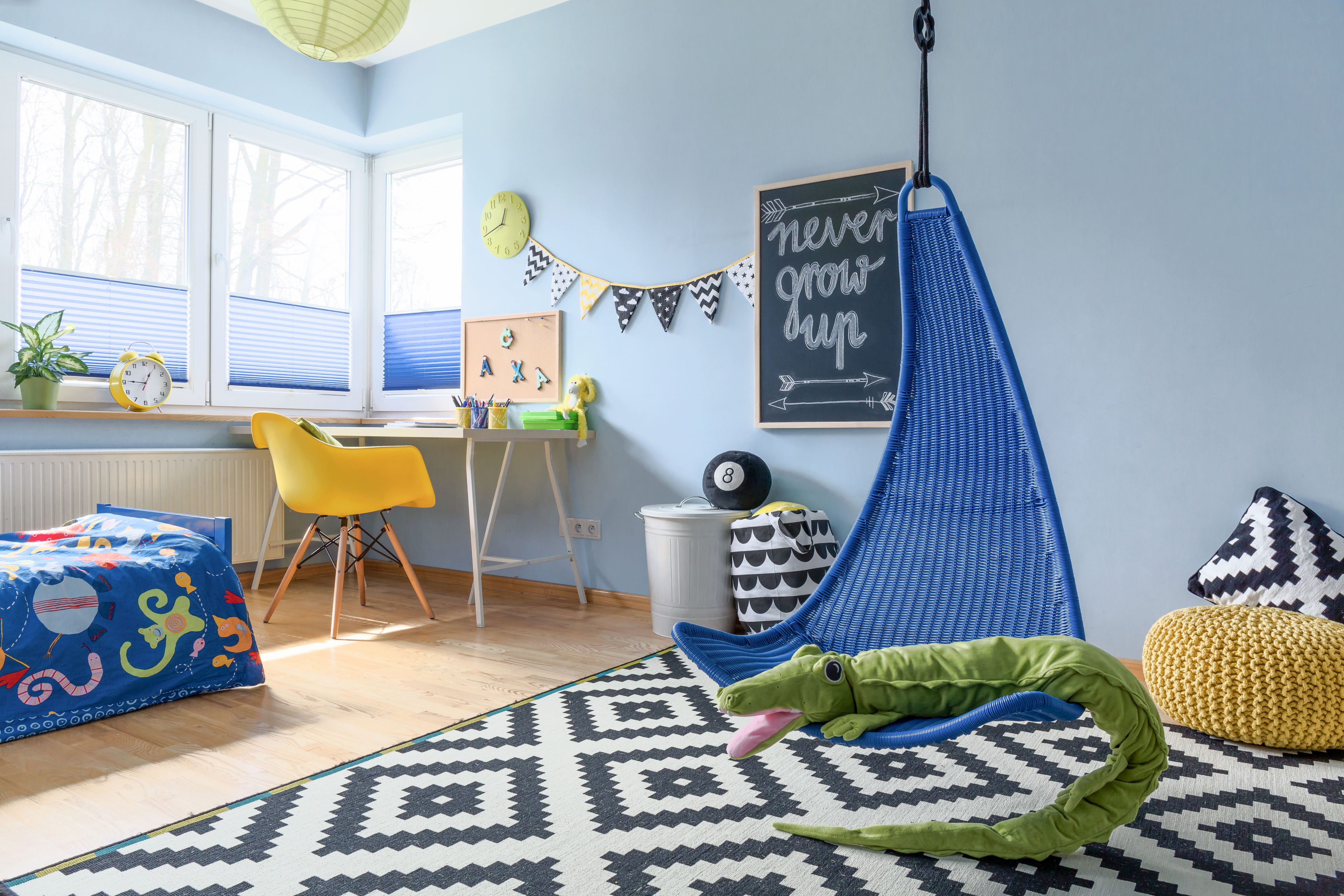 comment am nager un espace de travail dans une chambre d 39 enfant le mag visiondeco. Black Bedroom Furniture Sets. Home Design Ideas