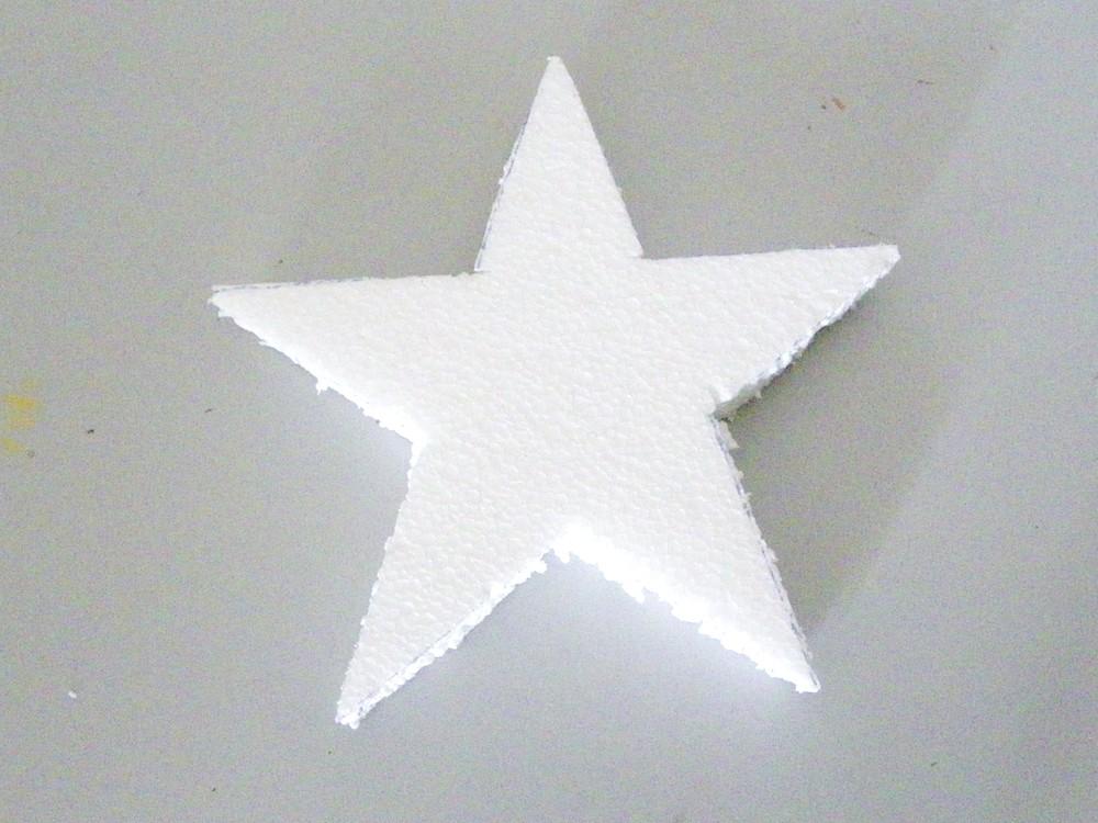 decouper l etoile polystyrene