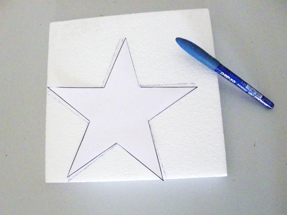 tracer l etoile sur la plaque de polystyrene